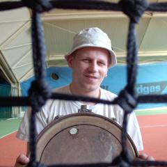 deuce_tennis_platz_experiment_030523_02